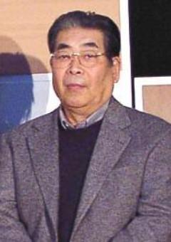 Акира Нагоя