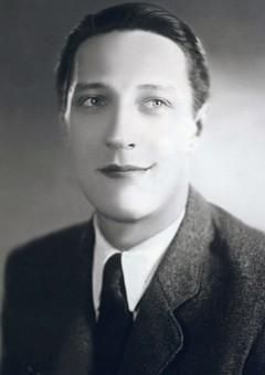 Михаил Жарковский