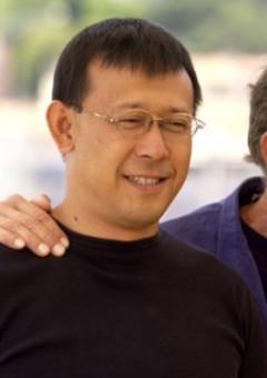 Цзян Вэнь